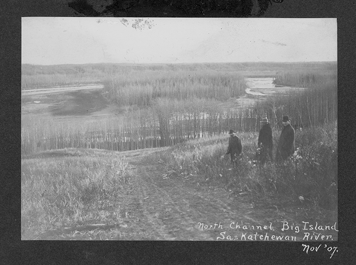Big Island - North Channel - North Sask. River, 1907. Photographed by Z. Malhoit. Image courtesy of City of Edmonton Archives  EA-10-1159.