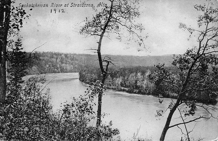 North Saskatchewan River at Strathcona circa 1912. Image courtesy of the City of Edmonton Archives EA-10-1161.