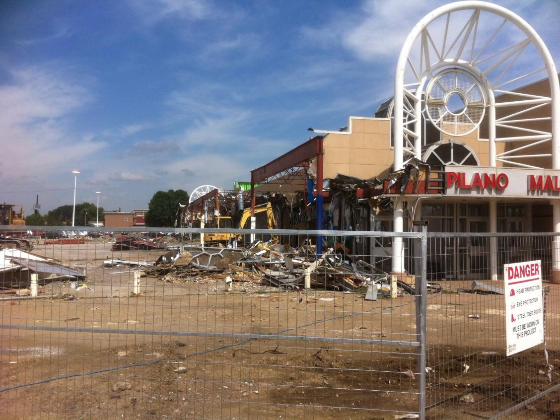 Capilano Mall Redevelopment (c) Mike Friel
